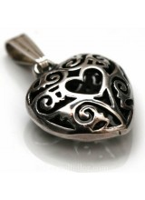 1 Sterling Silver .925 Embossed Heart Pendant 20mm ~ Limited Editions Collection