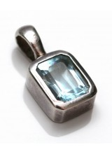 1 Sterling Silver .925 Blue Topaz Coloured Crystal Pendant 14mm ~ Limited Editions Collection